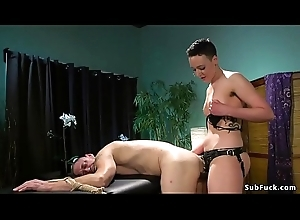 Masseuse with tie in above anal bonks guy