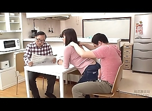 Japanese Mom Added to Son Wince Jean Game - LinkFull: https://ouo.io/iYCLI