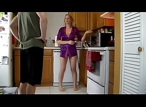 Mature stepmom fucked in an obstacle kitchen